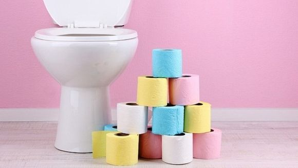 Ce spune culoarea urinei tale despre starea ta de sanatate! Iata la ce sa fii atenta!