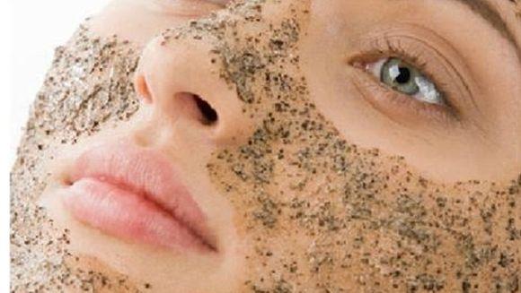 Remediu natural pentru pori incarcati si puncte negre! Ai nevoie de 1 singur ingredient