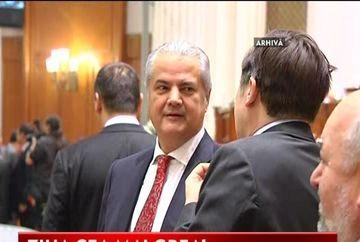 Adrian Nastase, incoltit de procuror in sala de judecata! VIDEO