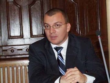 """Mihail Boldea: """"Nu trebuie sa ma caute ei pentru ca vin eu"""". Iata primele declaratii ale deputatului dat in urmarire internationala"""