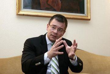POSIBILUL CABINET UNGUREANU: Predoiu, Udrea, Boagiu, Oprea, Orban raman. Finantele si Internele - in discutie VIDEO