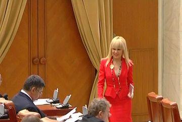 A venit primavara in Parlament! Cum se imbraca in acest sezon alesele neamului