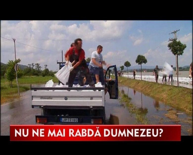 Dunarea a inghitit suburbiile Budapestei! Imagini socante VIDEO