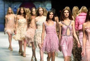 Lovitura de gratie in moda! Israelul interzice manechinele anorexice