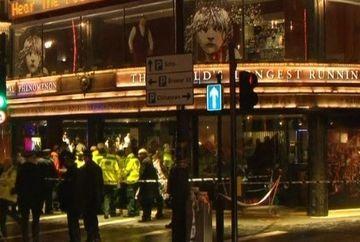 Scene dramatice la Londra! Acoperisul unui teatru s-a prabusit peste spectatori
