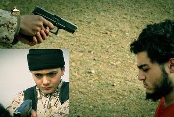 CALAU la 12 ani! Un baietel a executat CU SANGE RECE un prizonier al miscarii teroriste ISIS. Imagini SOCANTE