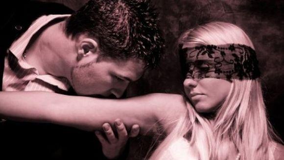 Iata care sunt cele mai frecvente fantezii pe care le au barbatii si cum ii pot afecta daca si le reprima!