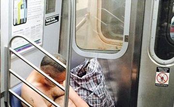 ALCOOLUL i-a luat mintile. Calatorii din metrou, SOCATI de comportamentul unui barbat beat crita!