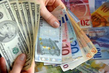 Leul S-A APRECIAT vizibil! Moneda europeana, la cel MAI SCAZUT nivel din decembrie 2011