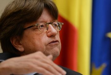 FMI prevede o CRESTERE ECONOMICA pentru Romania in 2013