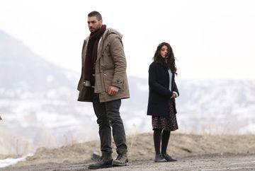 """Serialul turcesc """"Steaua sufletului"""", difuzat aseara la Kanal D, a debutat in forta, inregistrand audiente de top care au propulsat statia tv pe primele locuri, in clasamentul televiziunilor!"""