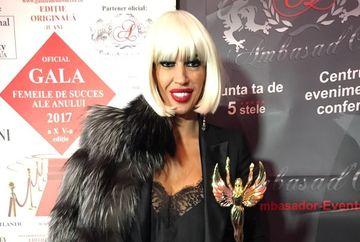 """Raluca Badulescu, indragita jurata de la """"Bravo, ai stil!"""", premiata la Gala Femei de Succes!"""