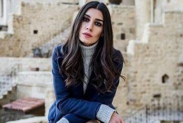 """Burcu Kiratli, Mavi din serialul """"Dragoste si ura"""", fana declarata a pantofilor """"Christian Louboutin""""!"""