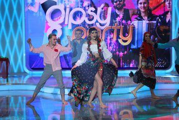 "PREMIERA In seara aceasta, la Gala Gipsy ""Bravo, ai stil! All Stars"" este prezintat, in premiera, videoclipul imnului emisiunii compus de Alex Velea!"