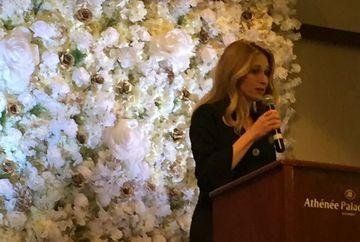 Clara Bomboe, Director de programe Kanal D, premiata la Gala Femeilor care Daruiesc Sanatate