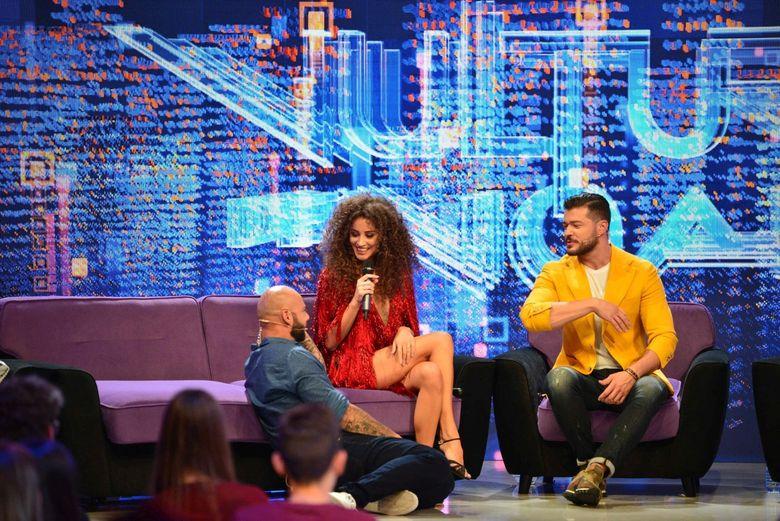"""Ana-Maria Barnoschi, aparitie spectaculoasa la """"Vulturii de Noapte""""! Giani Kirita: """"Cand vad o femeie frumoasa, fac ca un leu… fara coama, bineinteles!"""""""