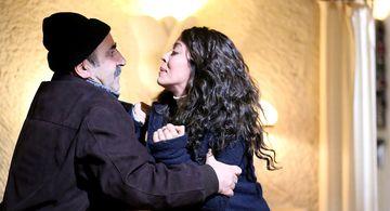 """Zuhre, protagonista serialului """"Steaua sufletului"""" este vanduta de propriul ei tata, pentru o bucata de pamant! Tanara incepe lupta pentru eliberare si supravietuire! Nu rata marea premiera in aceasta seara, de la ora 20:00, la Kanal D!"""