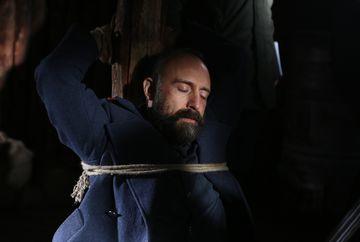 Cevdet risca totul pentru Patria sa! Afla ce intorsatura va lua situatia colonelului renegat, in aceasta seara de la ora 20:00, la Kanal D!