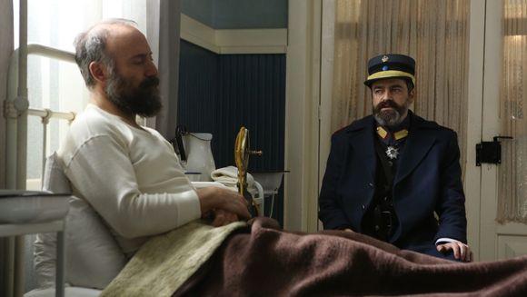Cevdet este din nou suspectat de comandantul Vasili! Afla cum isi va demonstra colonelul loialitatea, in aceasta seara, de la ora 20:00, la Kanal D!