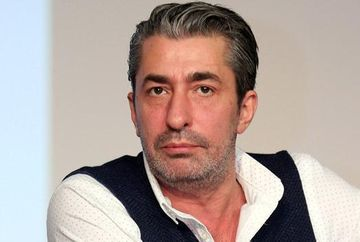 """Vesti triste despre celebrul Erkan Petekkaya (Cihan din """"Furtuna pe Bosfor"""")! Carismaticul actor a suferit un accident grav zilele trecute! Iata ce anume a patit si cat de mult timp va fi nevoit sa stea departe de platourile de filmare!"""