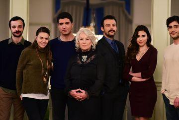 """Relatie uluitoare de dragoste, infiripata pe platourile serialului """"Mireasa din Istanbul""""! Iata cine sunt protagonistii celei mai frumoase povesti de iubire, care s-au cunoscut si s-au indragostit nebuneste in timpul filmarilor!"""