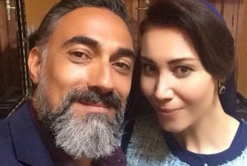 """Sirma si Zekkar, sot si sotie in serialul """"Steaua sufletului"""" si cei mai buni prieteni dincolo de platourile de filmare! Iata cum au fost surprinsi Aysun Metiner si Selim Bayraktar in culise!"""