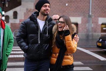 """Asli Enver (Sureyya din """"Mireasa din Istanbul"""") si sotul ei, Murat Boz, Revelion in Cipru! Iata cum au fost surprinsi cei doi indragostiti pe aeroportul din Istanbul, la plecare!"""
