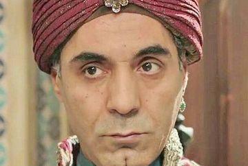 """Eunucul Haci din serialul """"Kosem"""", un actor complet! Iata ce evolutie spectaculoasa a avut indragitul Hakan Sahin si in ce productii de succes a mai jucat!"""