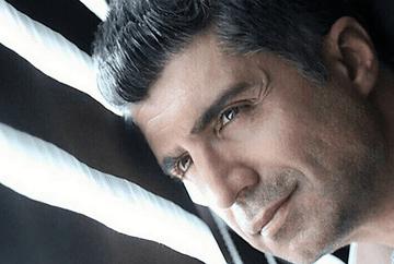 Ozcan Deniz are o familie frumoasa si unita! Iata cat de bine se intelege viitoarea lui sotie, Feyza Aktan cu membrii familiei Deniz si cum au fost surprinsi impreuna!
