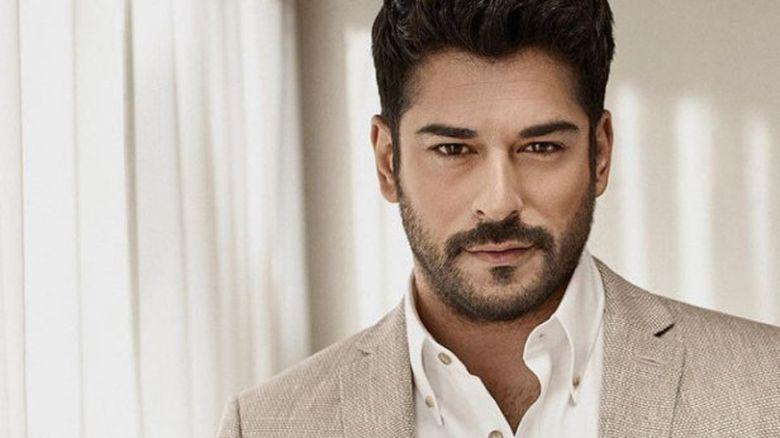 Bravo, ai stil, Burak Ozcivit! Carismaticul actor a devenit imaginea unui renumit brand turcesc de imbracaminte pentru barbati! Iata ce aparitie uluitoare a avut indragitul Burak in cadrul evenimentului de prezentare a noii colectii!