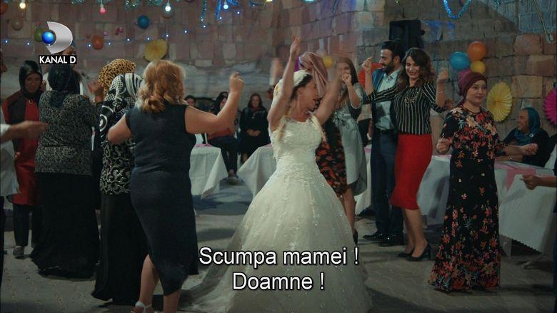 Hasibe se casatoreste! Afla cum vor reactiona cele doua fiice ale sale si ce masuri vor lua, in aceasta seara, de la ora 19:45, la Kanal D!