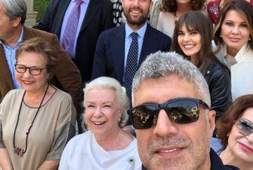 """Momente unice pe platourile de filmare ale serialului """"Mireasa din Istanbul""""! Ozcan Deniz si colegii sai din distributia indragitei productii au deschis portile impunatorului conac pentru musafiri speciali!"""