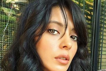"""Ti-o mai amintesti pe frumoasa Zuhre din serialul """"Steaua sufletului""""? Celebra Selin Sekerci a pus punct relatiei cu actorul Kaan Tasaner si traieste o noua poveste de dragoste cu unul dintre cei mai sexy actori din serialul """"Kosem""""!"""