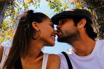 "Savas din serialul ""Meryem"" si frumoasa lui iubita, ipostaze fierbinti la malul marii Egee! Iata cum au fost surprinsi Furkan Andic si Dilan Cicek Deniz!"