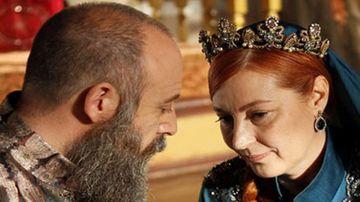 """Ti-o mai amintesti pe impunatoarea Sultana Hurrem din serialul """"Suleyman Magnificul, sub domnia iubirii""""? Vahide Percin a renascut din propria cenusa! Iata in ce nou proiect important va fi distribuita celebra actrita!"""