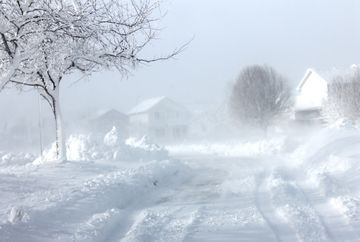 AVERTIZARE meteo: COD PORTOCALIU de ninsori si ploi! Iata ce zone sunt afectate
