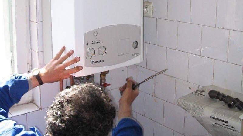 Anunt important pentru toti cei care au centrale termice de apartament: ce se intampla cu cei care si-au montat detectoare de gaze in locuinta