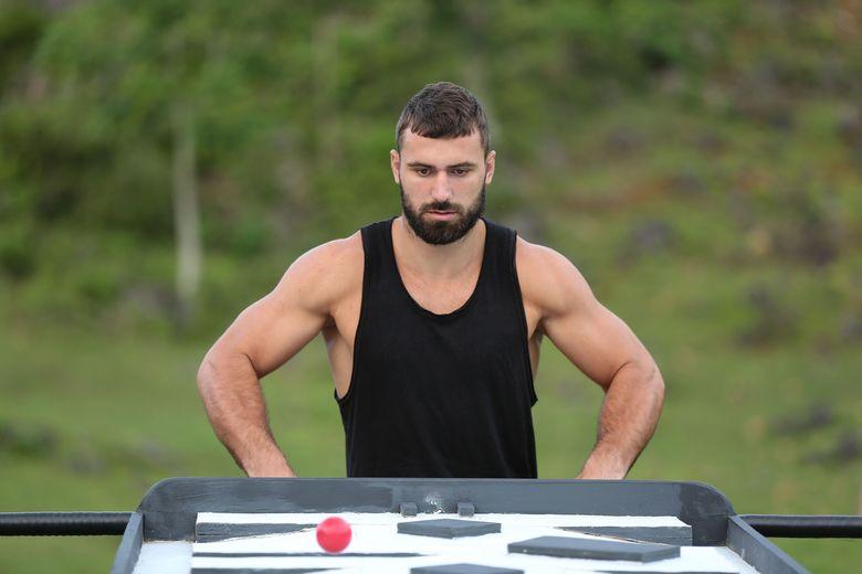 "Andrei Stoica a parasit competitia ""Exatlon"", din cauza accidentarii la picior"