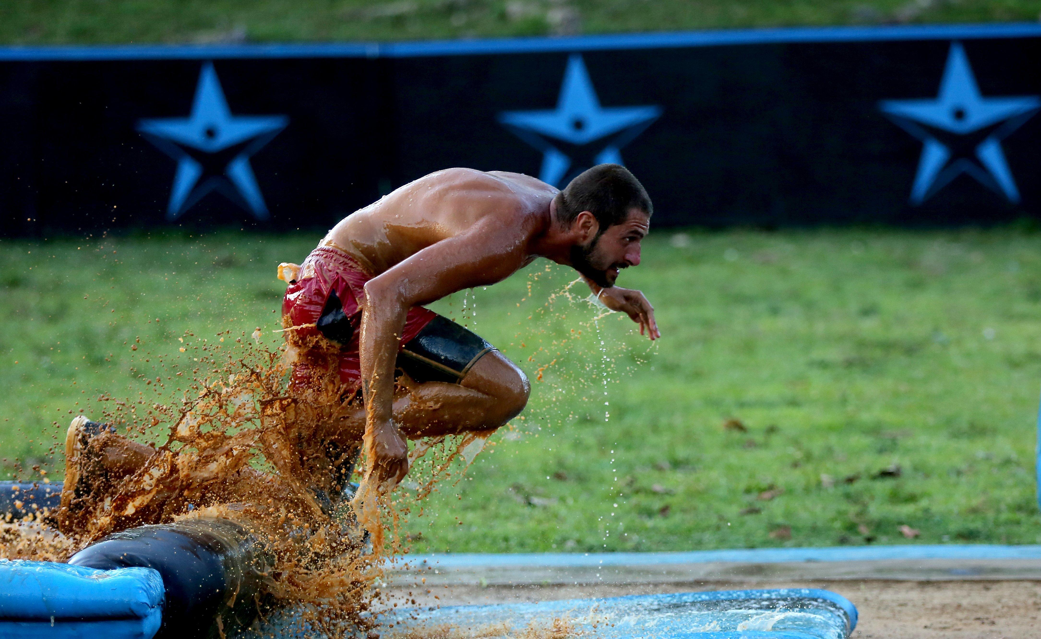 """Catalin Cazacu a trecut hopul, castana nu si-a atins scopul. Sportivul continua competiţia """"Exatlon"""", în îndepărtata Republica Dominicana! Geanina Stană paraseste concursul!"""