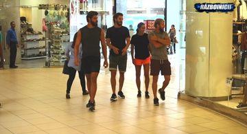 Razboinicii au castigat si au fost la shopping! Ce si-au cumparat din mall-ul din Santo Domingo, bugetul a fost de 25.000 de pesos de persoana