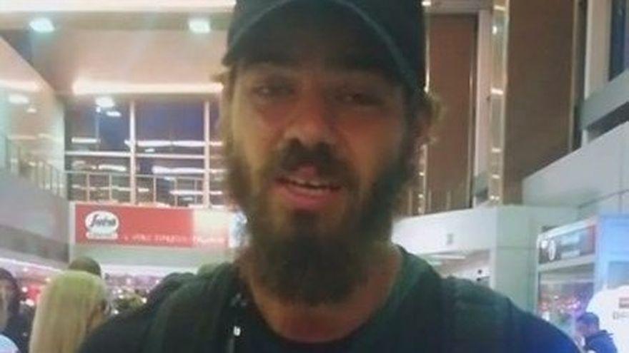 """Stefan Floroaica, declaratie la sosirea in tara, pe aeroport: """"Nu va pot numi fanii mei..."""" Cum a fost intampinat Razboinicul la Otopeni"""