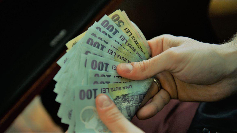 Se dau 5.000 de lei de la stat, toti romanii beneficiaza de acest ajutor! Cand se vireaza banii