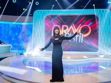 """Incingem cea mai mare petrecere la Gala """"Bravo, ai stil!"""", sub un nou concept pregatit in detaliu de concurentele noastre: """"Regiuni""""! Totul, in aceasta seara, de la 23:00, la Kanal D!"""