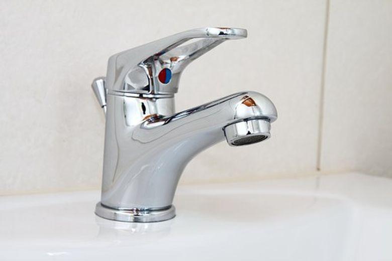 Folosirea apei potabile, INTERZISA! Care sunt zonele cu probleme