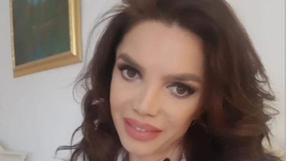 Cristina Spatar, schimbare RADICALA de look! Fanii au ramas cu gurile cascate