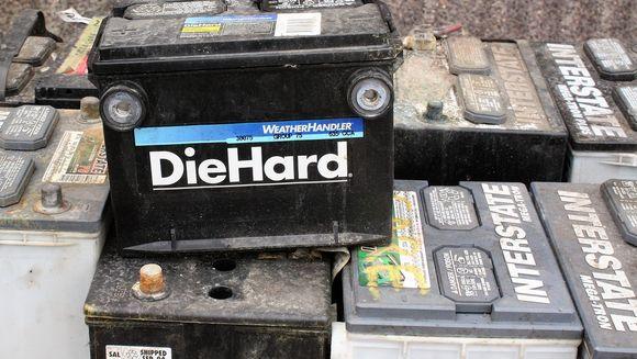 Cum intretinem bateria auto iarna - sfaturi utile