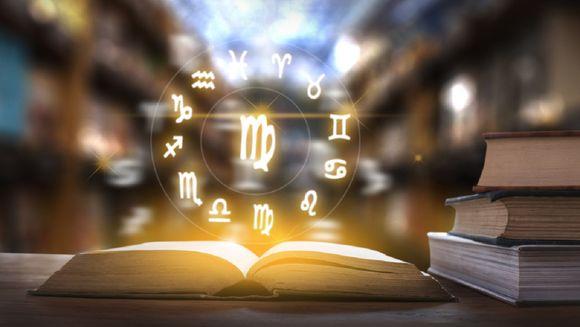 Horoscop WEEKEND 22-24 februarie 2019. Cum ne este DUPA SuperLuna plina, lumina sau furtuna? Ce urmeaza?