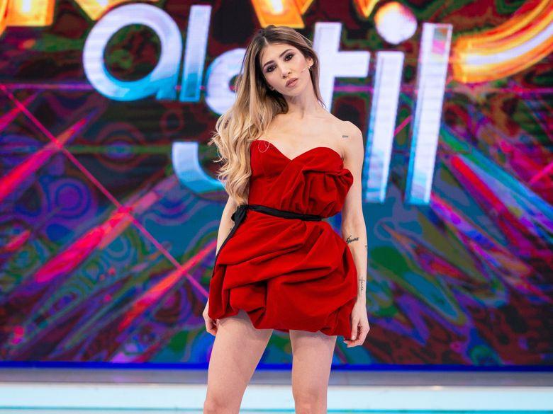 """Silvia Popescu, castigatoarea a doua sezoane """"Bravo, ai stil!"""", revine in fata juratilor emisiunii!In editia de maine seara, fosta concurenta a emisiunii vine in platou pentru a lamuri zvonurile"""
