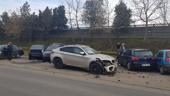 Accident extrem de grav in Cluj Napoca: 8 masini au fost distruse! Care este numarul victimelor