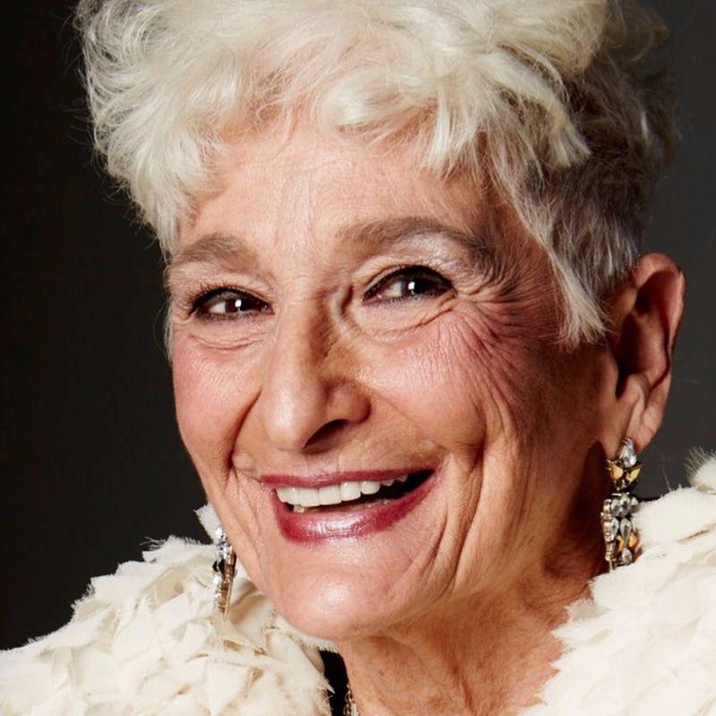 femeie de 82 de ani